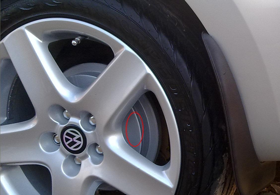Задние тормозные колодки и барабаны (диски) для VW Polo.
